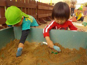 砂あそび♪